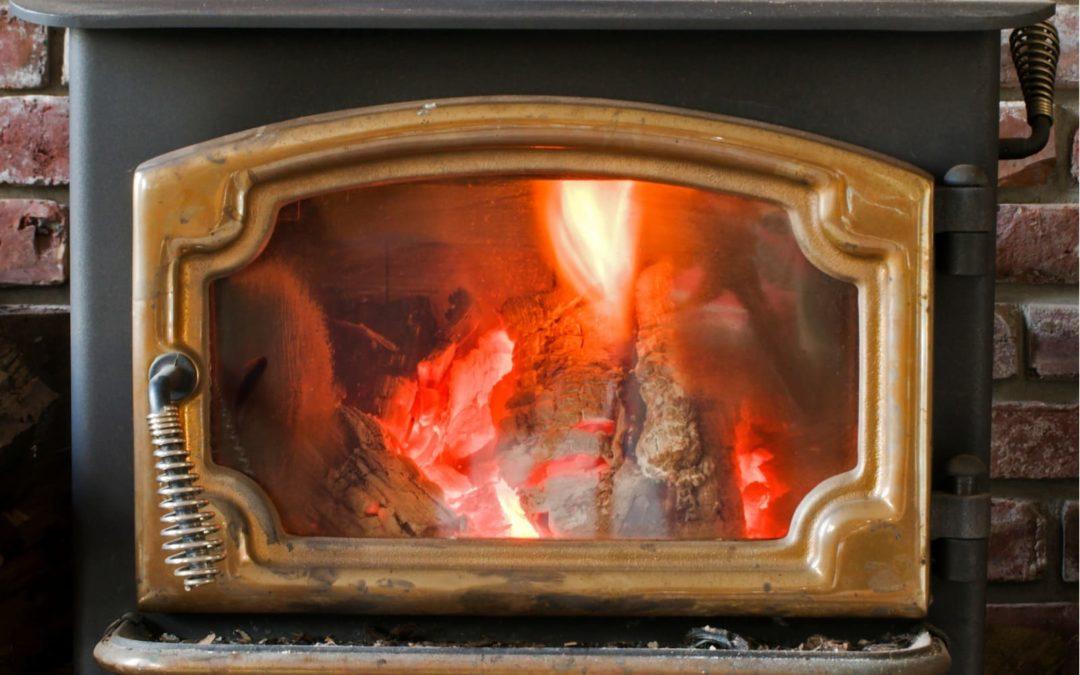 Le chauffage au bois est-il polluant ?