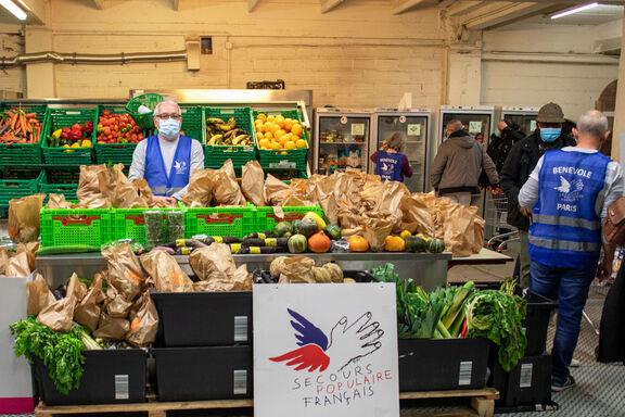 secours-populaire-francais-aide-alimentaire